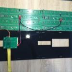 Power Kabel der LED Panel anbringen. Auf die Polung achten
